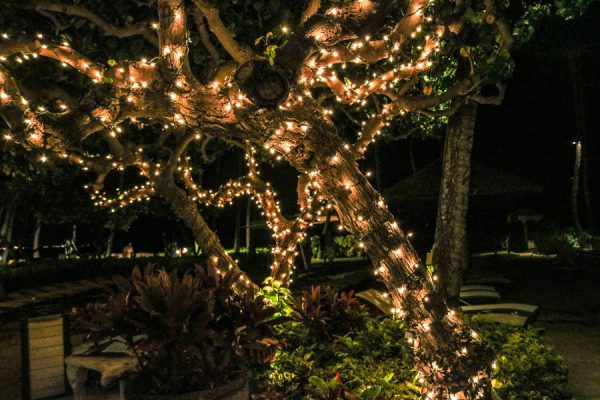 Oświetlenie zewnętrzne wokół domu - jak je zaplanować