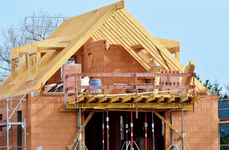 Zakup działki pod budowę domu - inwestycja na długie lata